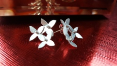 Silver 3 flower studs £44.00