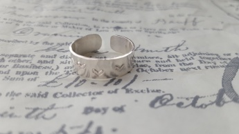 Heart stamped adjustable ring