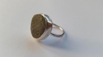 Grey pebble Ring £68.00