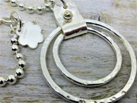 Chunky silver chain and 2 movable rings pendant with solid gold bead £69.00